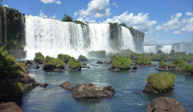 iguazu-national-park-brazil-and-argentina