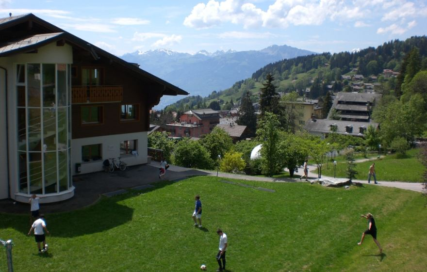 AIGLON COLLEGE CHESIERES, SWITZERLAND Top Most Famous Schools in The World 2019