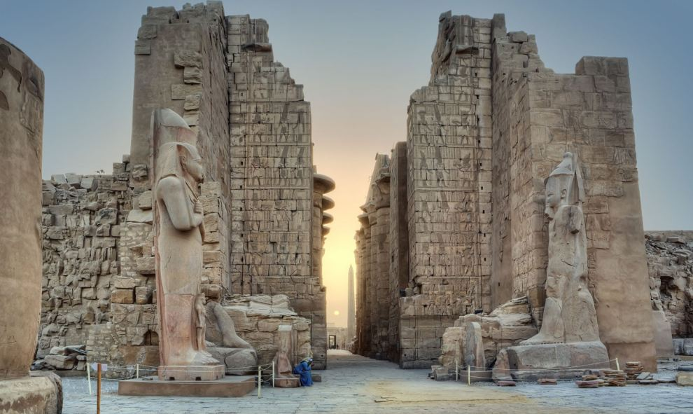 Karnak, Egypt Top Famous Temples in The World 2017