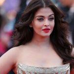 Top 10 Most Beautiful Sexiest Bollywood Actresses