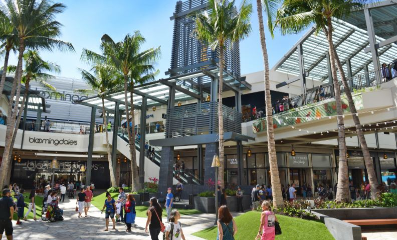 ala-moana-center-hawaii-top-10-largest-shopping-malls-in-america-2017