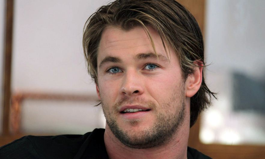 chris-hemsworth-top-famous-highest-paid-successful-hollywood-actors-2018
