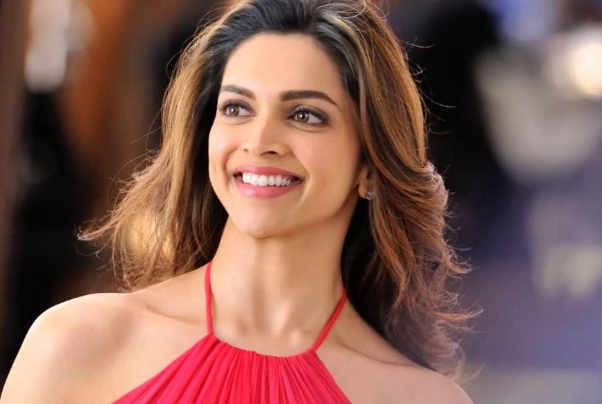 deepika-padukone-top-famous-hottest-female-celebrities-2019
