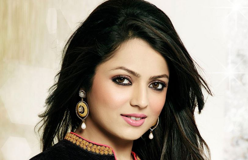 drashti-dhami-top-most-popular-highest-paid-successful-indian-tv-actors-2018