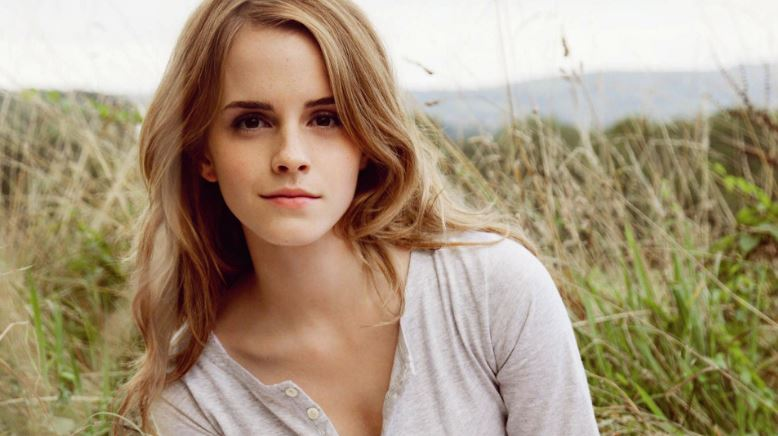 emma-watson-top-popular-hottest-female-celebrities-2019