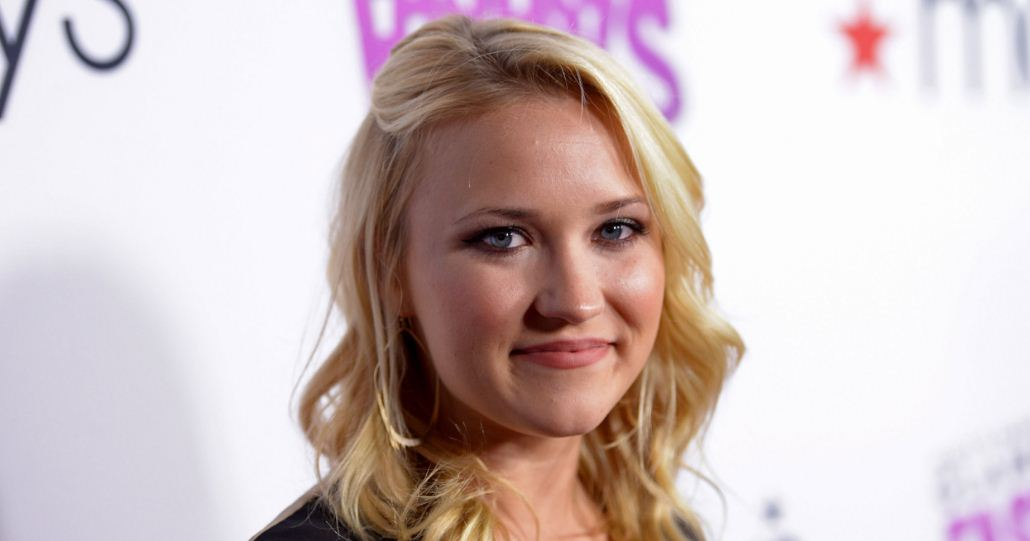 emily-osment-the-top-most-famous-beautiful-disney-actresses-2019
