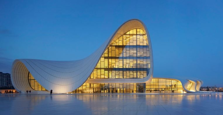 heydar-aliyev-center-top-most-famous-beautiful-buildings-in-the-world-2018