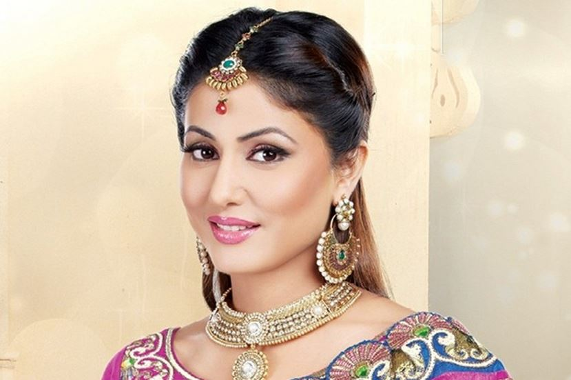 hina-khan-top-famous-highest-paid-successful-indian-tv-actors-2018