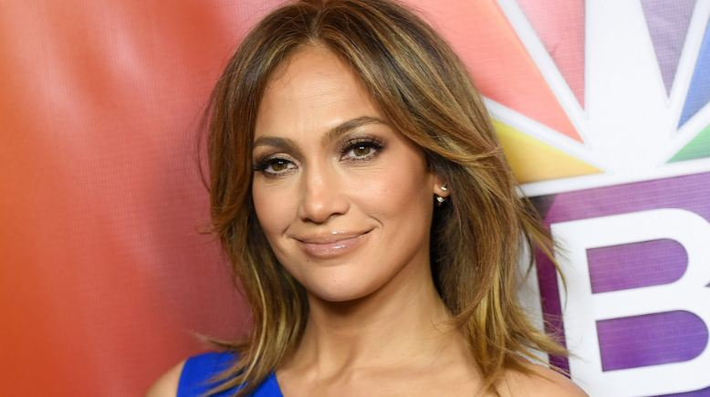 jennifer-lopez-top-10-most-beautiful-singers-in-the-world