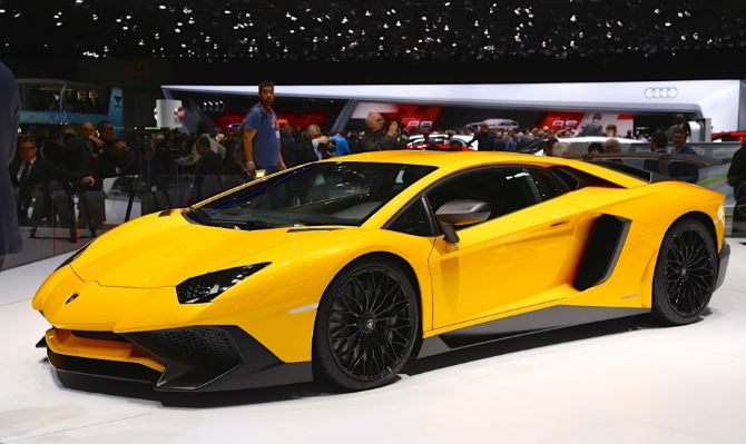 lamborghini-aventador-lp-750-4sv-top-popular-cheapest-supercars-2019