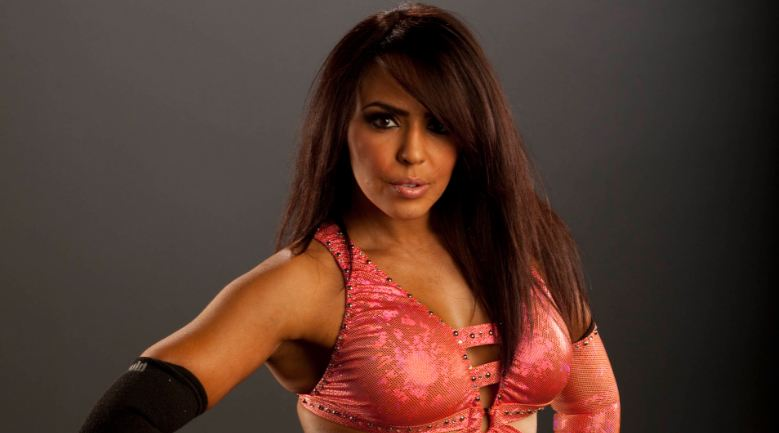 layla-young-top-most-famous-beautiful-wwe-divas-2019