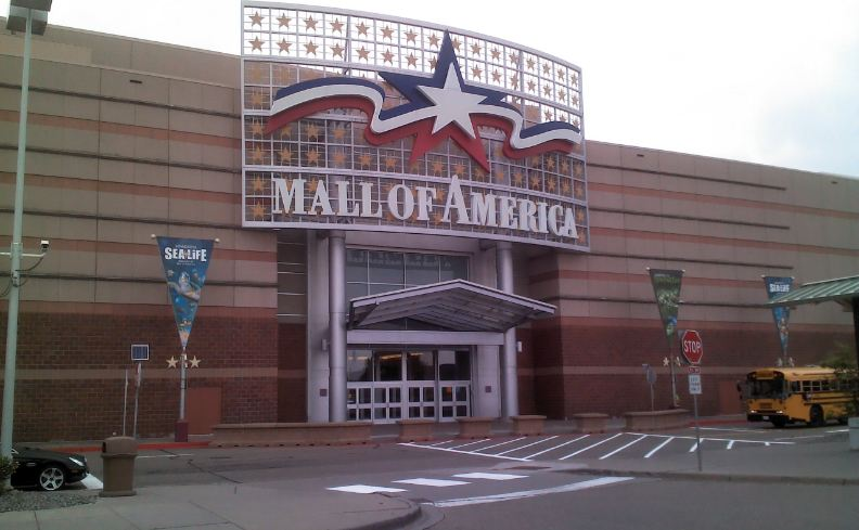 mall-of-america-minnesota-top-10-largest-shopping-malls-in-america
