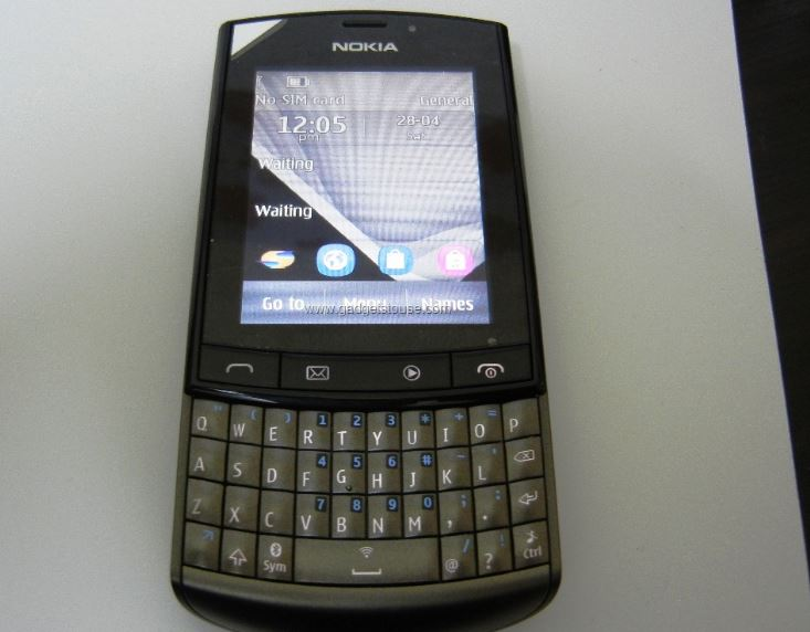 nokia-asha-303-top-popular-cheapest-qwerty-phones-2019