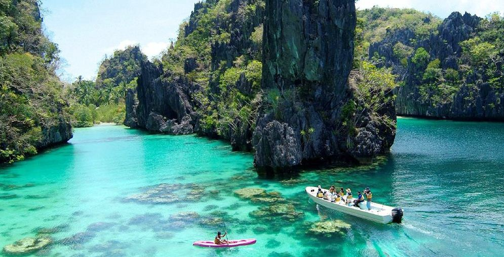 palawan-philippines-top-most-famous-beautiful-islands-in-the-world-2019