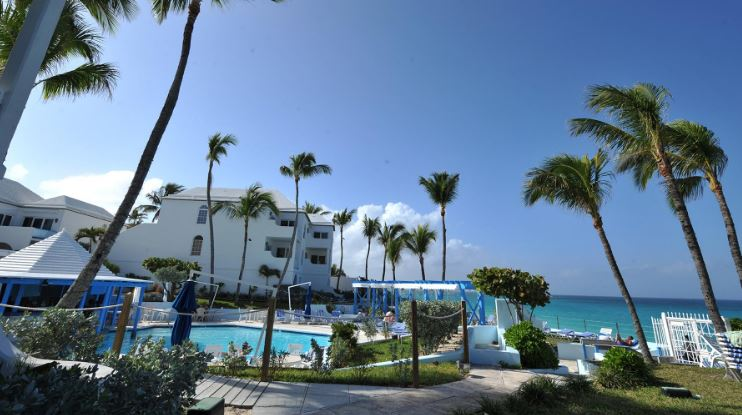 paradise-island-harbour-resort-bahamas-top-10-cheapest-resorts-in-the-world