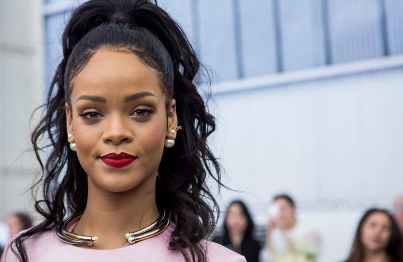 rihanna, Top 10 Highest Paid Entertainers in The World 2017