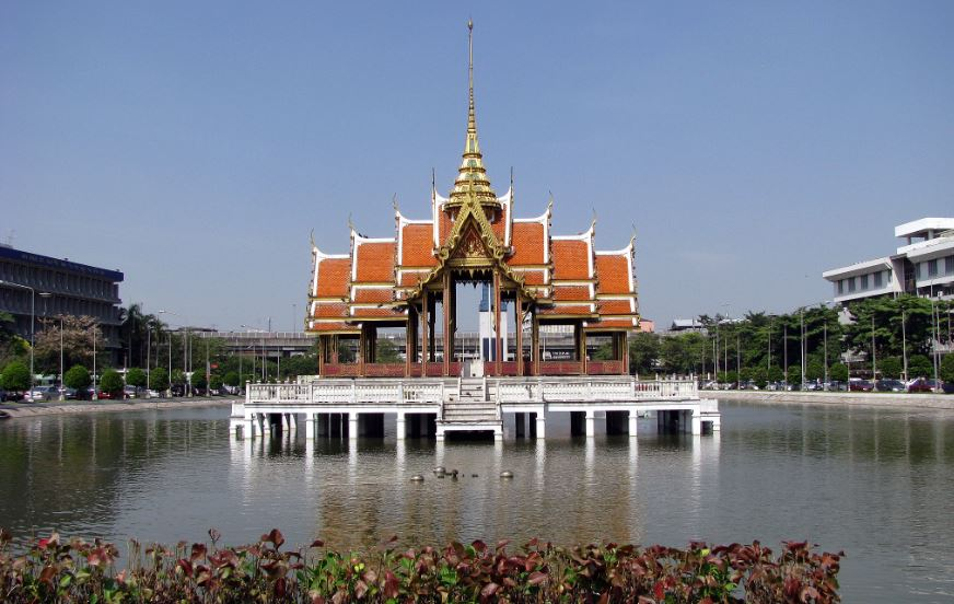 Ramkhamhaeng university Top 10 Largest Universities in The World