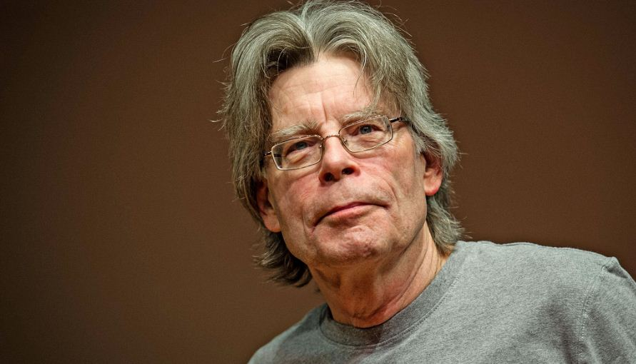 stephen-king-top-most-famous-richest-authors-2019