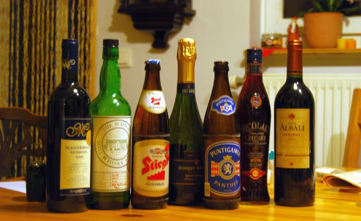 Alcohol Top 10 Objects and Things We Become Attached To The Most 2017