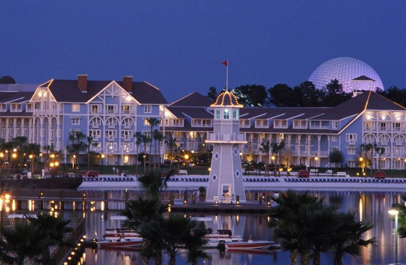 disneys-yacht-club-resort-lake-buena-vista-florida-top-10-most-kids-friendly-hotels-in-the-world-2017