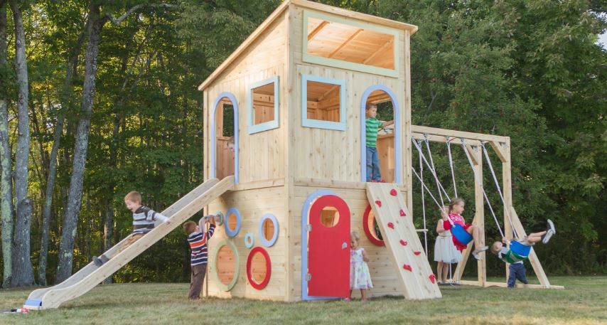 play-houses-top-10-best-pieces-of-playground-equipment