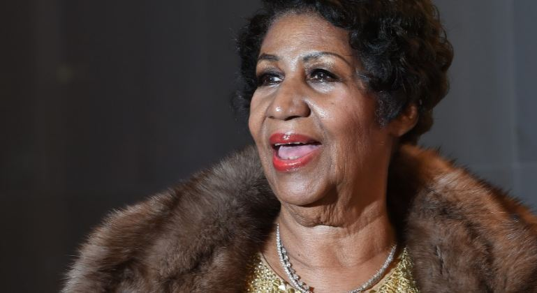 Aretha Franklin Top 10 Best African American Female Singers of All Time 2017