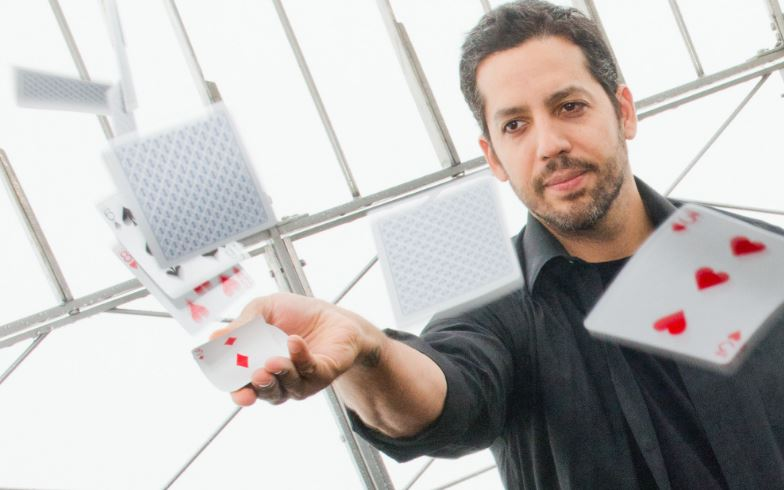 david-blaine-top-most-famous-magicians-of-the-world-ever-2017