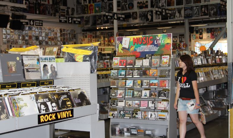 music-stores-top-10-things-that-went-out-of-style