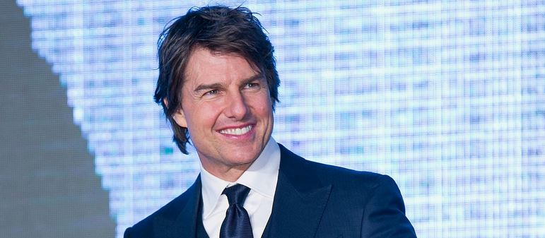 tom-cruise-net-worth-cars-collection-house-family