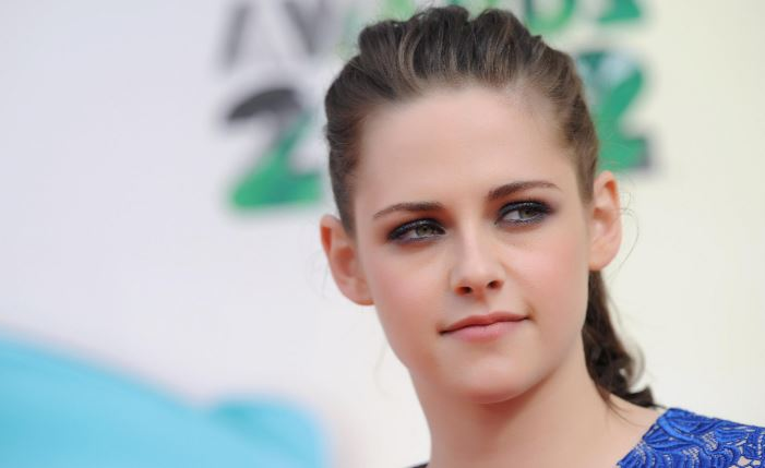 Sexiest Young Female Celebrities